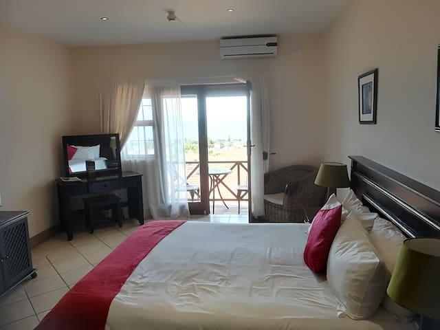 Ocean View Villas - Studio Apartment - Port Edward