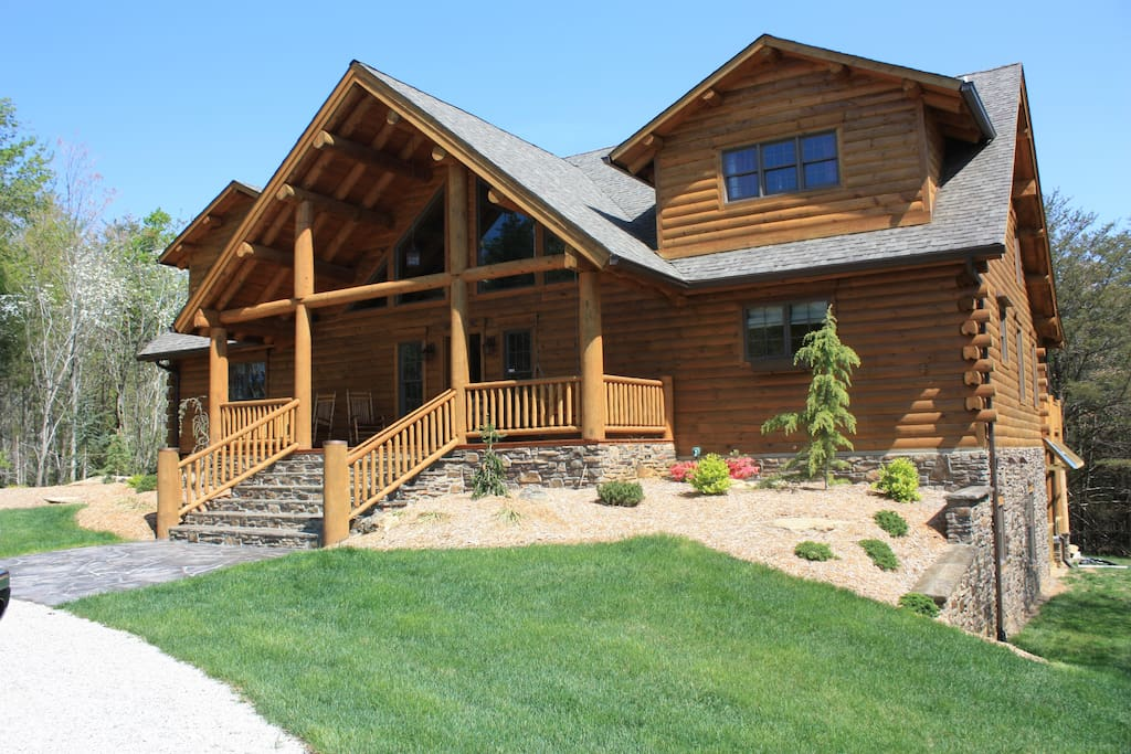 Lonesome pine lodge horseback paradise cabins for rent for Kentucky cabins rentals