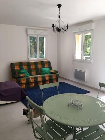 Appartement (T2) très calme