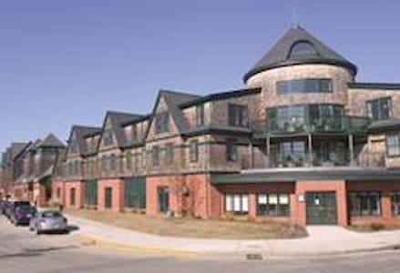 Wyndham Long Wharf Newport#2 - 2 Bedroom 3 Nights