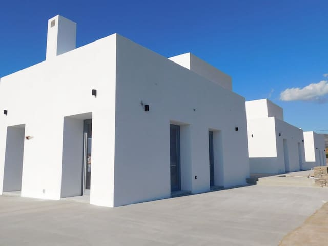 PAROS HOLIDAY RESORT