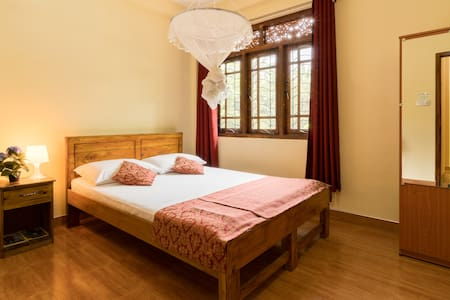 River Valley Residence - Kandy - Bed & Breakfast