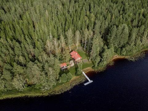 Family Cottage w own sandbeach,sauna,boat,fishing