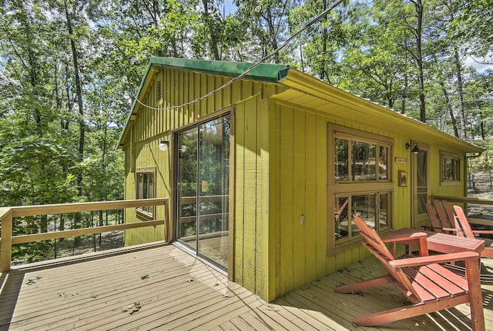 Cabin on Ranch, 5 Mi to Raystown Lake Launch!