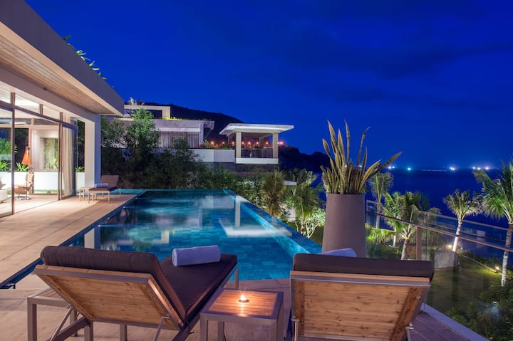 Luxury Infinity Pool Villa - 5 bedroom