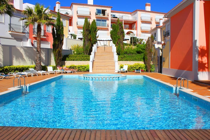 Luxury Apartment on praia del rey M