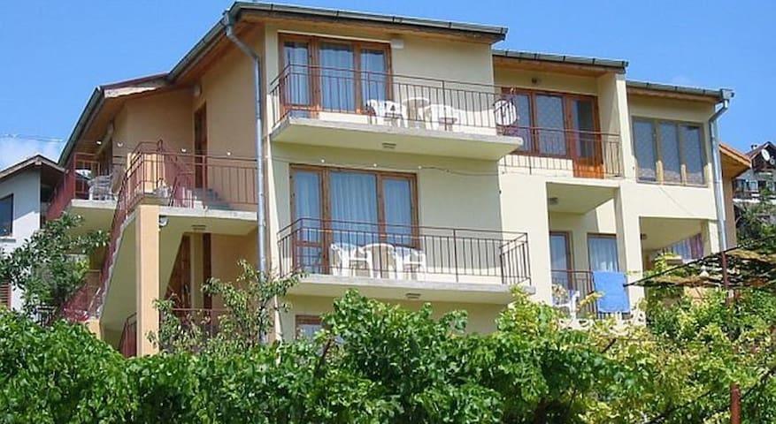 Vila Tsonevi - Balchik - Dům