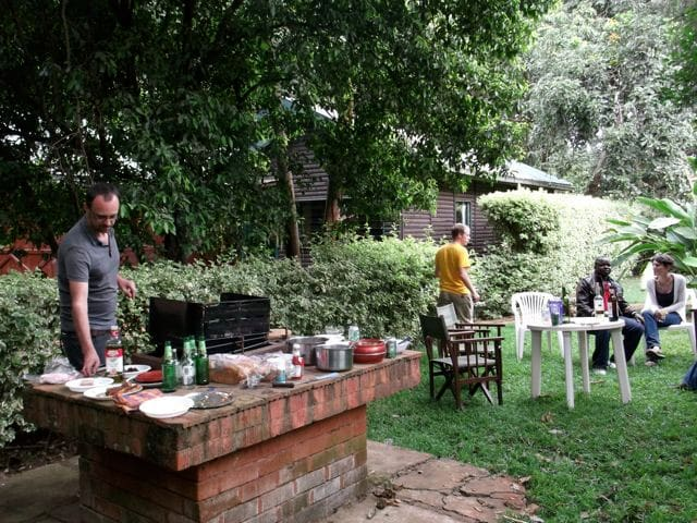 Great garden for barbeques!