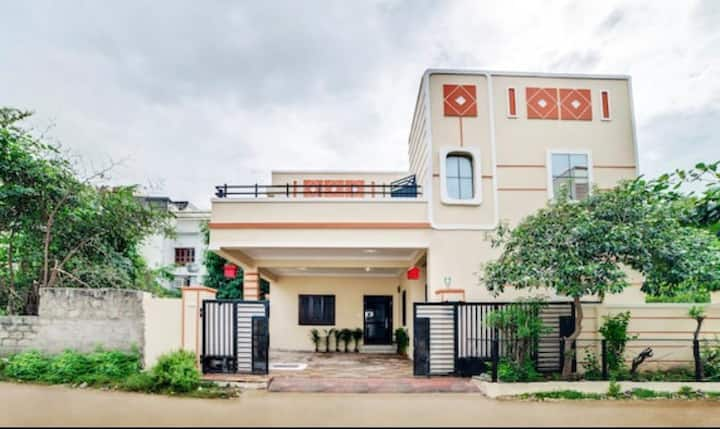 Royal Home Stay in Attapur