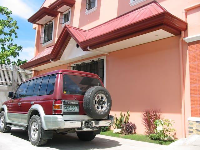 An apartment in a gated community - Cebu City - Huoneisto