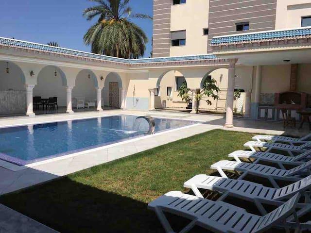 Maison Typique traditionnel Avec piscine à Mahdia