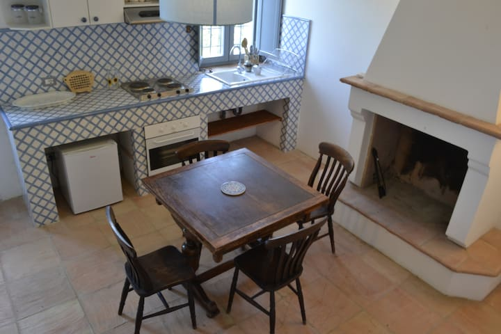 Accomodation for 2-3 people - Montalto delle Marche - Byt