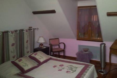 Chambres d'hôtes Orchidée Jacuzzi - Neuvy-sur-Barangeon