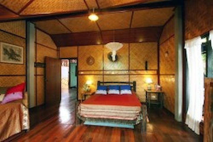 Traditional  Bamboo  Room Shanti Phuket