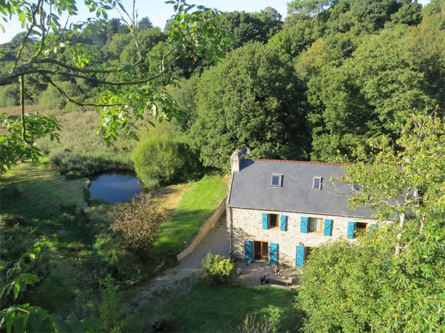 Ohne vis-à-vis:  ein Ferienhaus in idyllischer Lage, nur 6 Km entfernt von Douarnenez