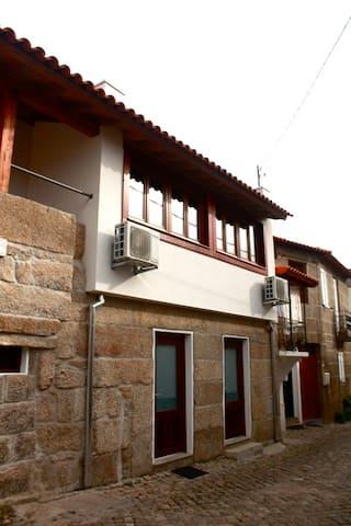 Casas do Fantal - T2 - Vale de Salgueiro - Villa