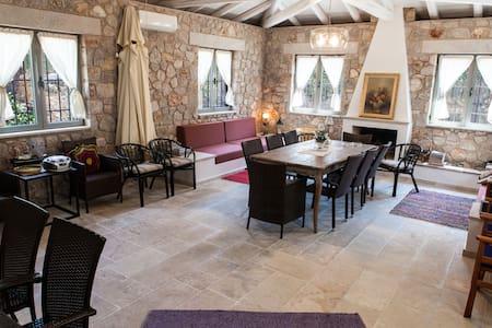Ermioni | Traditional Luxus Cottage - Ermioni - Ev
