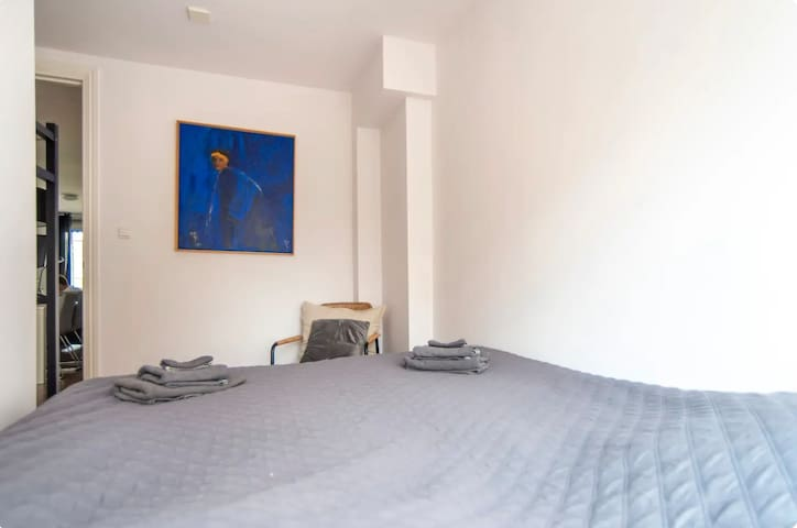 Jordaan District Apartment - 2nd Floor
