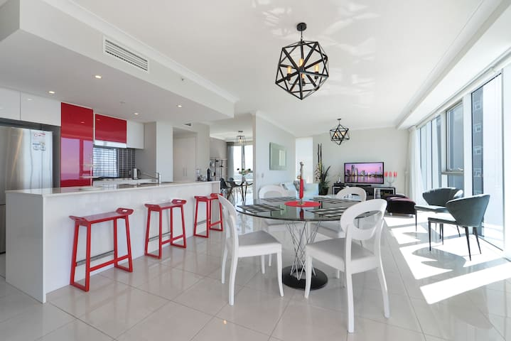 Kitchen & Dining room with ocean view
