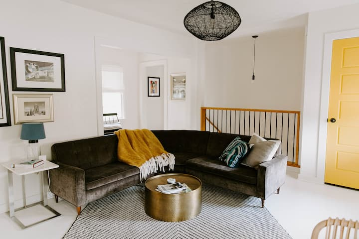Renovated 2BR/ Amazing locale-Paseo Arts & 23rd St