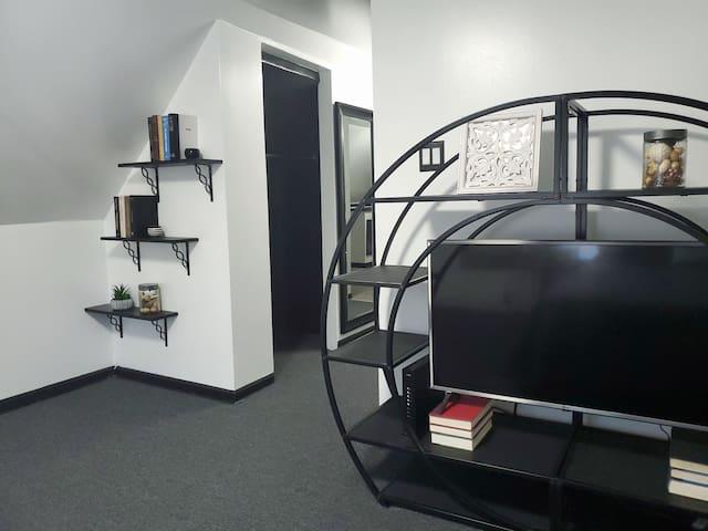 Brand new attic apartment in a hip neighborhood!