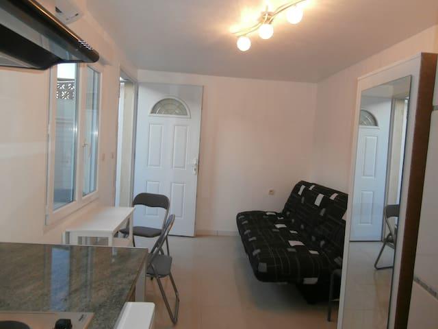 Très beau studio
