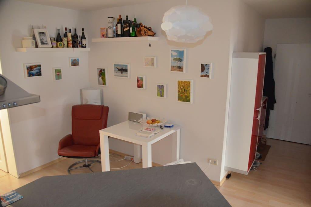 Küche und Eingangsbereich