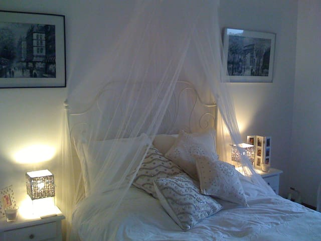 Beautiful private double bedroom