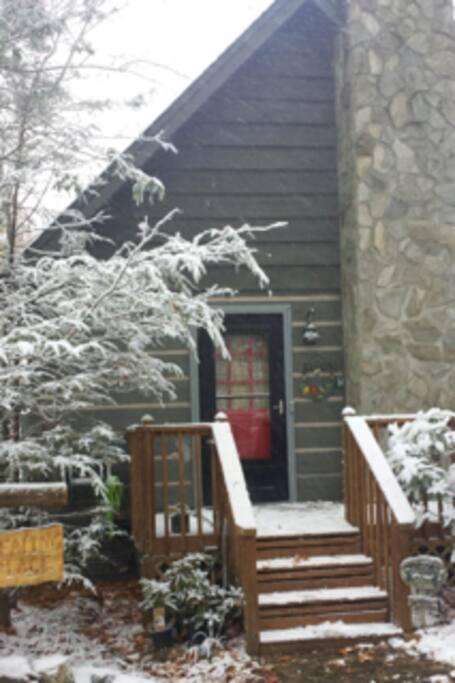 Let It Snow! Red Door