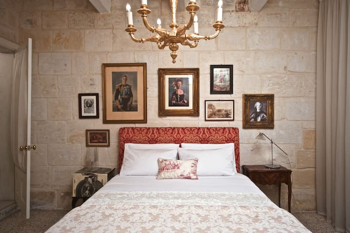 VALLETTA SUITES  - Maison La Vallette