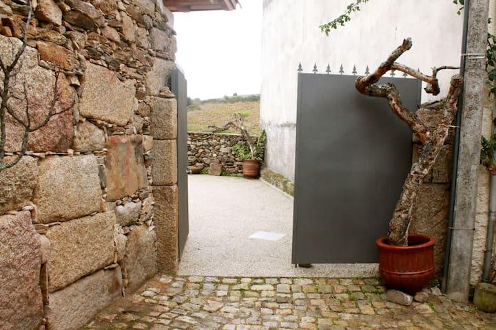 Casas do Fantal - Salão/Saloon - Vale de Salgueiro