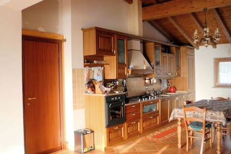House in Tuscany near Cinque Terre. - Villafranca in Lunigiana - House