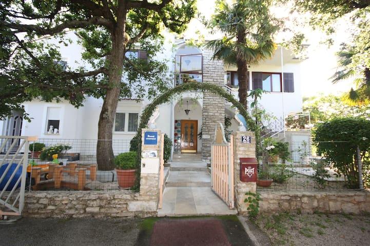 Apartman Palmira A*** - Poreč - Flat