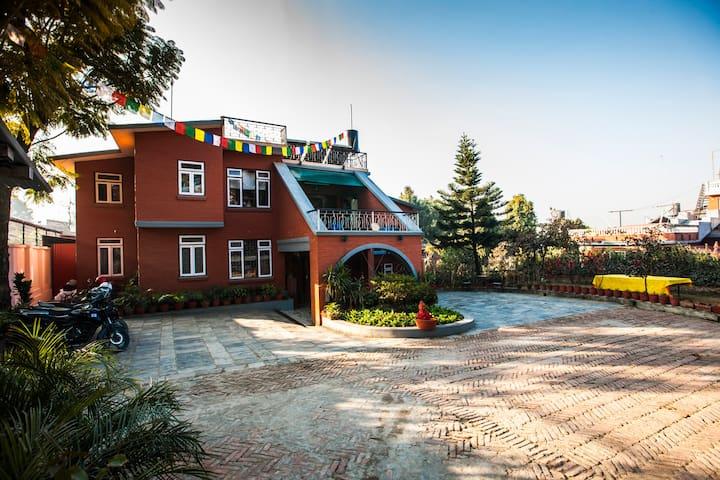Tayams' Cottage - Kathmandu - Talo