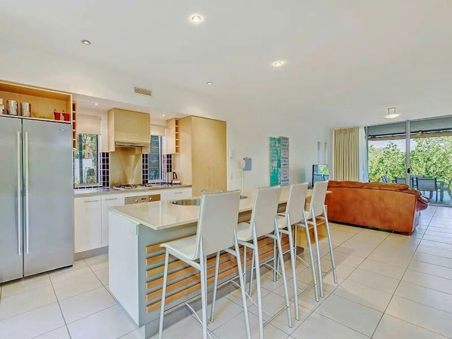 Comfortable lounge, flat screen TV with Foxtel Premium and DVD player.  Large covered outdoor patio.  Fully security screened.