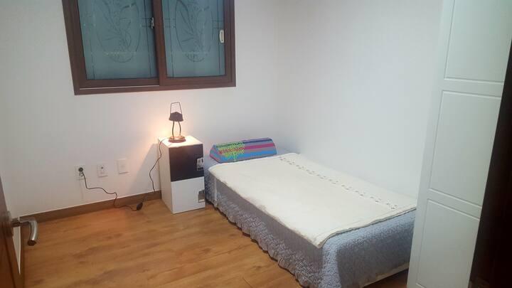 (수원성균관대역)3룸 하우스/ 여성전용 1인실