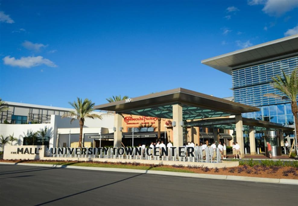 UTC The Mall at University Center Town Center