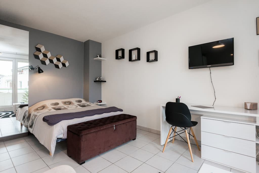 Appartement t1 bis 5 me tage appartements louer for Cle chambery