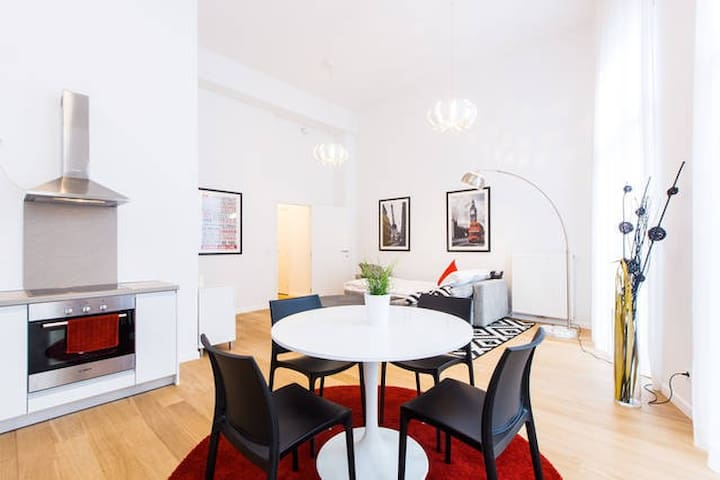 2Bedroom Apartment in heart of BRU - Bruxelles - Apartment