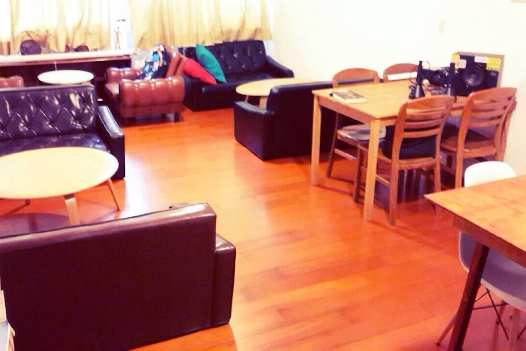 2F very clean space(shoes-free area)