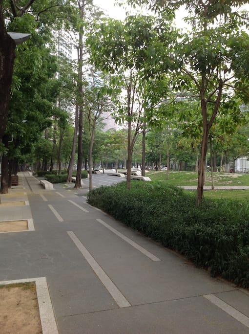 2mins walk to the most popular place in Taichung-Calligraphy Greenway
