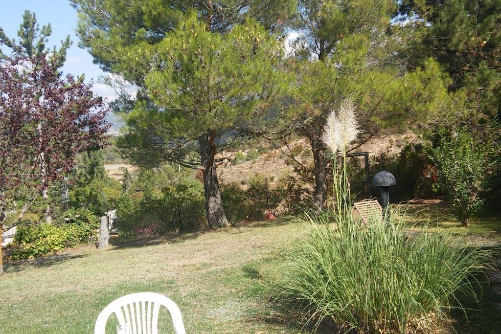Caba a de madera con jardin privado caba as en alquiler for Cabanas de jardin