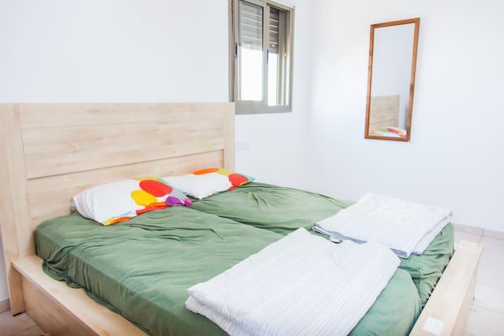 Great KOSHER Givat Shmuel apartment