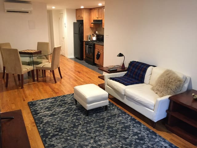 Beautiful private 1BR apt in Harlem