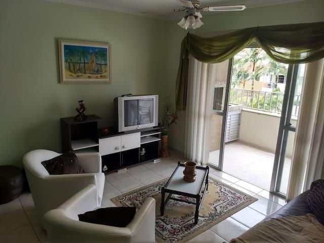 Apartamento 3 quartos em Caiobá