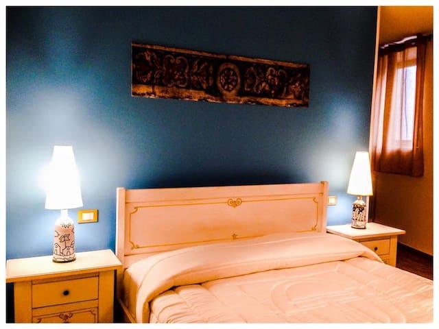Camera Matrimoniale con bagno - Monreale - Bed & Breakfast