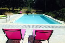 Swimming pool - equipped with fridge, table and chairs