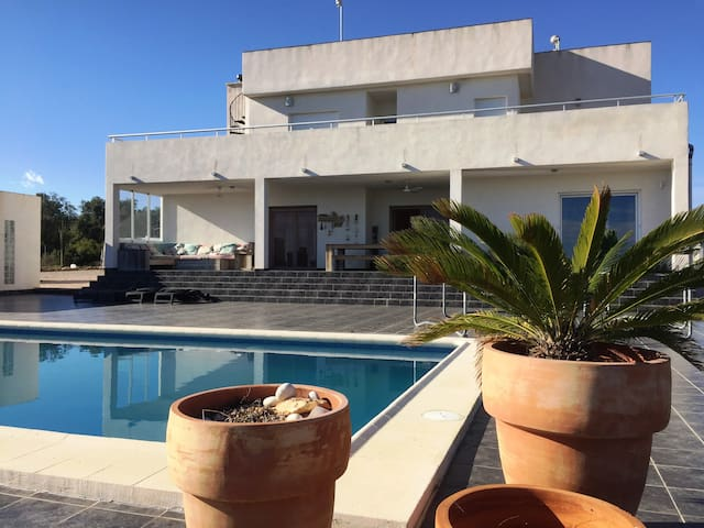Nice villa with big pool and marvelous views