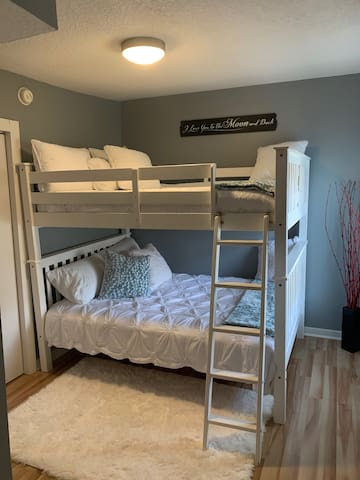 2nd bedroom has Full sized bunk beds