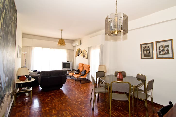 CITY CENTRE 3 BEDROOM APT